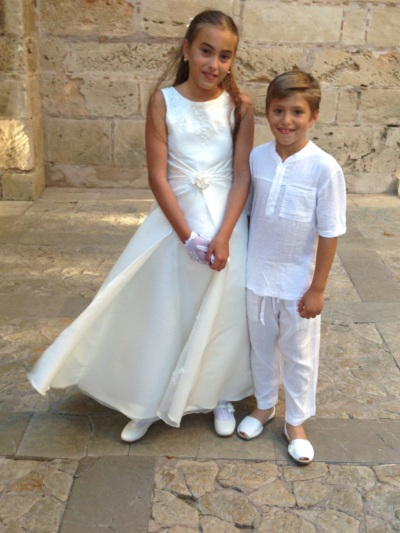 Sweet Siblings Palma de Mallorca Copyright Shelagh Donnelly