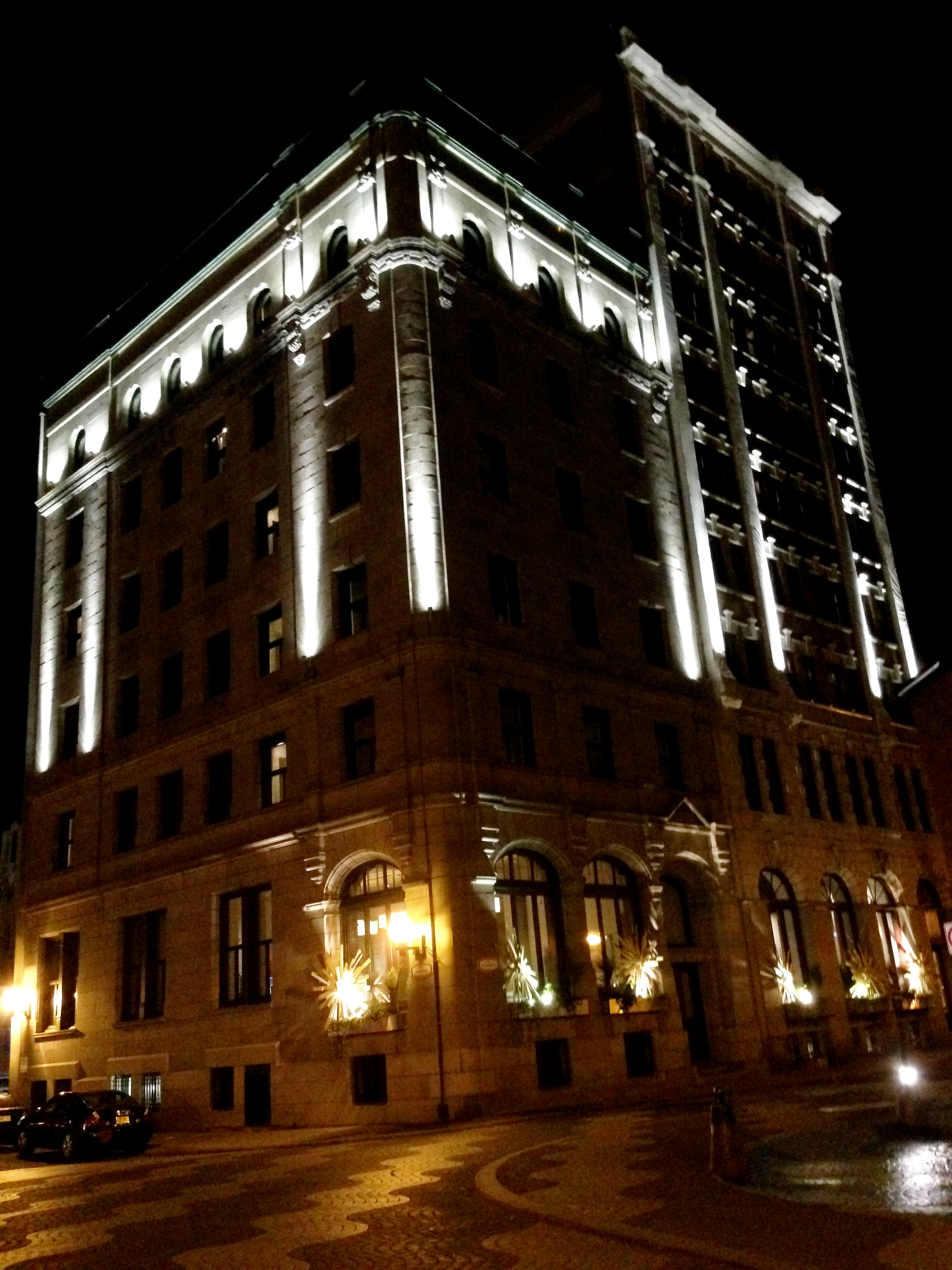 H tel le germain qu bec a boutique dream come true for Exceptional hotels