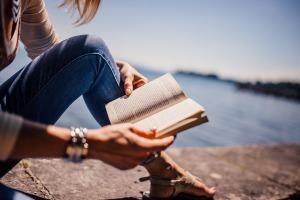 Summer Reading Female
