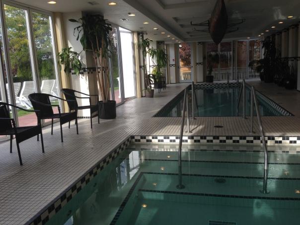 Hotel Eldorado Pool and Spa Copyright Shelagh Donnelly